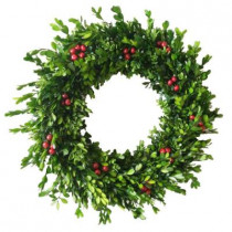 22 in. Real and Faux Boxwood Mix Wreath with Berries